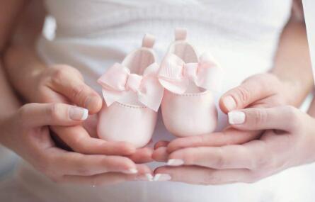 国外生宝宝买保险有什么好处?要买哪种保险?